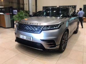 range rover velar argento