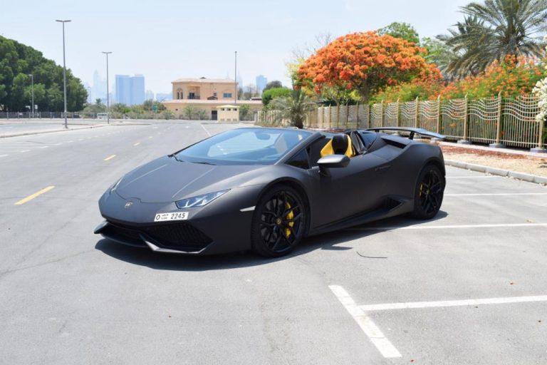 Rent Lamborghini Huracan Spider - Black in Dubai