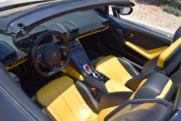 Lamborghini Huracan Spider - Black