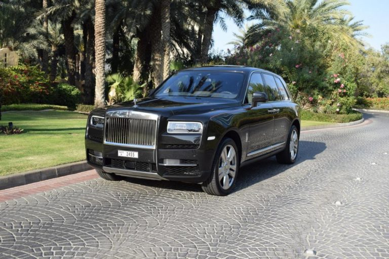 Rolls Royce Cullinan Black - For Rent in Dubai UAE