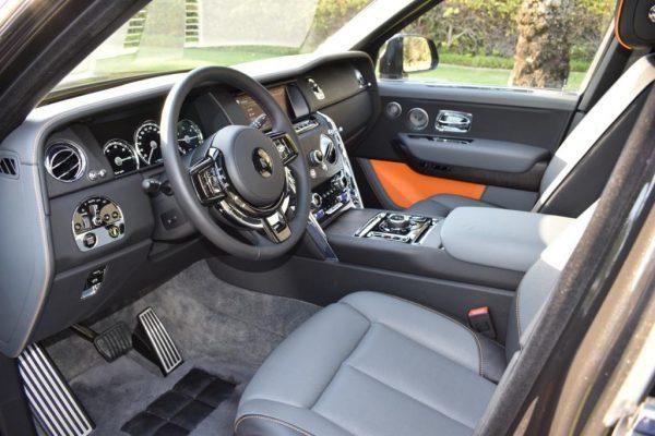 Rent Rolls Royce Cullinan in Dubai