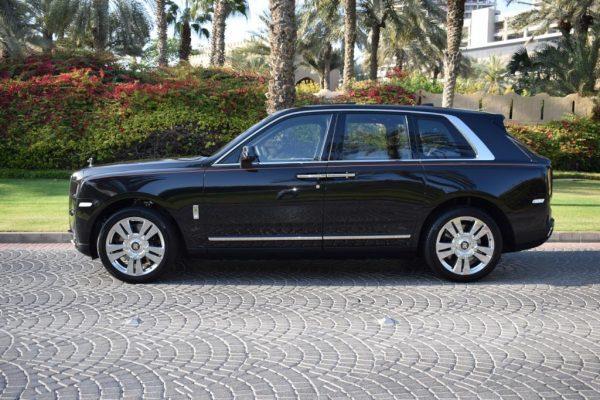 Rent Rolls Royce Cullinan Dubai