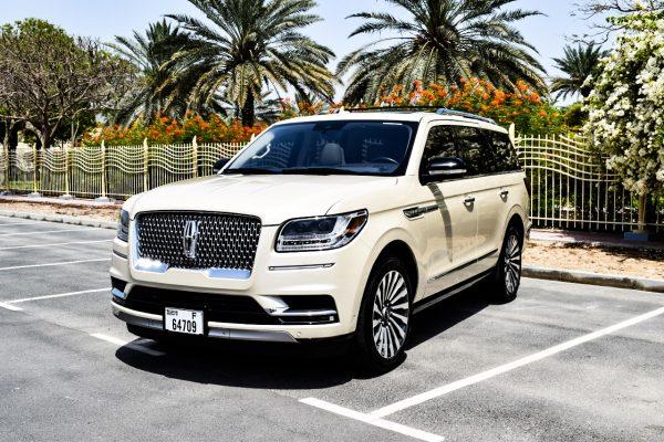 Rent Lincoln Navigator