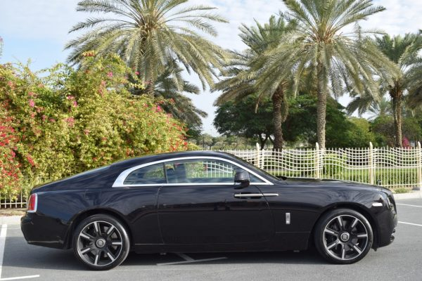 Rent Rolls Royce Wraith